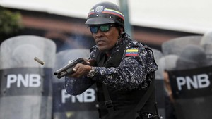 Seribu Aparat Venezuela Desersi dan Kabur ke Kolombia