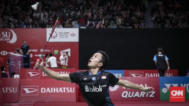 Anthony Ginting menghadapi Zhao Junpeng dari China di babak kedua Indonesia Masters 2019. (CNNIndonesia/Safir Makki)
