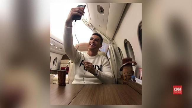 VIDEO: Selfie Ronaldo Undang Kritik Netizen