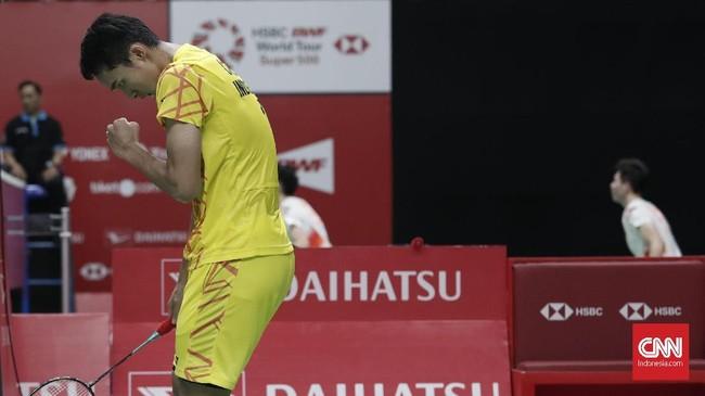 Jonatan Christie menghadapi duel sengit melawan unggulan kedua Shi Yuqi. (CNNIndonesia/Safir Makki)