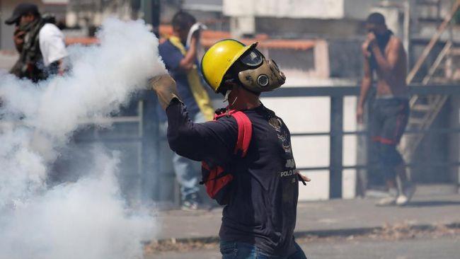 Dua Hari Demonstrasi Anti-Maduro di Venezuela, 13 Orang Tewas