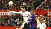Menurut Ernesto Valverde, Barcelona berupaya tampil menekan namun kesulitan menciptakan peluang dan gagal mengembangkan permainan. (REUTERS/Marcelo del Pozo)