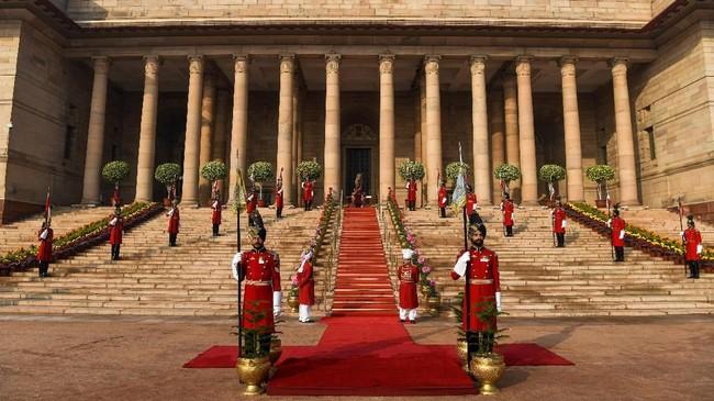 Namun, sebagai pasukan paling elite di India, mereka selalu dikerahkan di pos-pos penting. Untuk dapat bergabung dengan tim ini pun, kandidat harus mengikuti serangkaian tes yang ketat. (AFP Photo/Chandan Khanna)