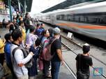 Mulai Hari Ini, Jadwal Operasional KRL Commuter Line Dibatasi