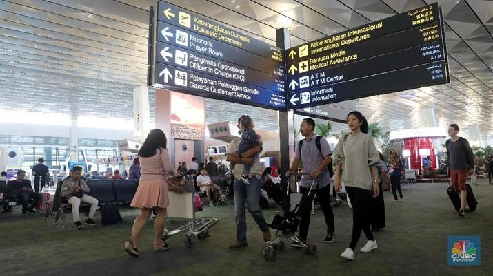 Ilustrasi bandara (CNBC Indonesia/ Andrean Kristianto)