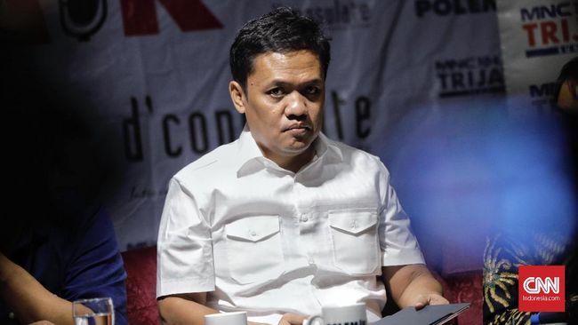 Habiburokhman Cium Tangan Ma'ruf Amin Setelah Penetapan KPU