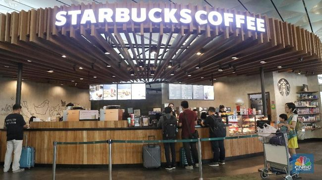 MAPI Heboh Kasus Intip Payudara di Starbucks, Saham MAPI Drop 1,3%