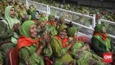 Muslimat NU berujung pada khidmah an-nahdliyyah, yakni untuk menyebarluaskan Islam moderat dan toleran, dan menjaga NKRI dengan segenap keragamannya(CNN Indonesia/ Hesti Rika)
