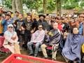 Aksi Cukur Rambut Fadli Zon untuk Sentil 'Pencitraan' Jokowi