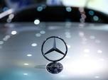Laba Mercedes-Benz Anjlok Gara-gara Perang Dagang