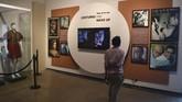 Museum itu tak hanya menyimpan legenda Hollywood, tetapi juga punya ruang khusus untuk sosok bersejarah dari India, Mahatma Gandhi, bahkan ikon hiburan Charlie Chaplin. (AFP/PUNIT PARANJPE)