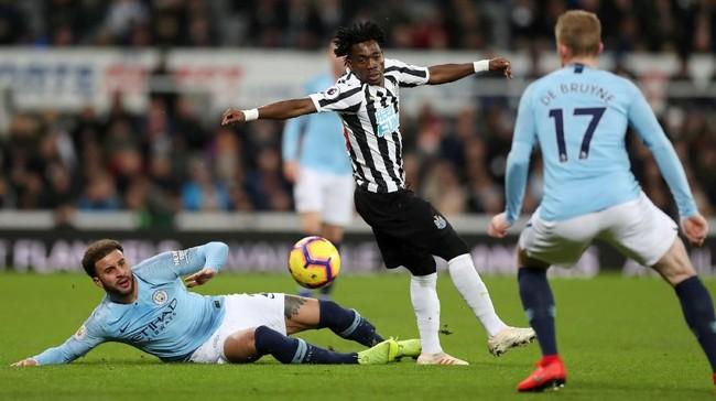 Sementara itu Newcastle minim kreativitas dan kesulitan memberikan ancaman ke lini pertahanan Manchester City di babak pertama. (Reuters/Lee Smith)