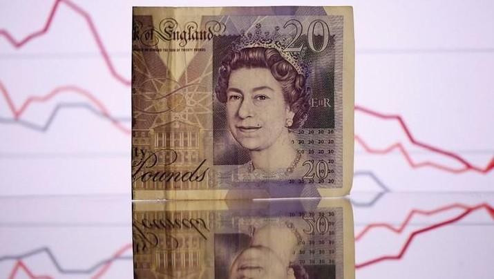 Pada pukul 20:30 WIB, poundsterling diperdagangkan di kisaran US$ 1,2547 atau menguat 0,40%, melansir data Refinitiv.