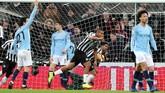 Di tengah kesulitan, Newcastle berhasil menyamakan kedudukan pada menit ke-66 lewat Salomon Rondo. (REUTERS/Scott Heppell)