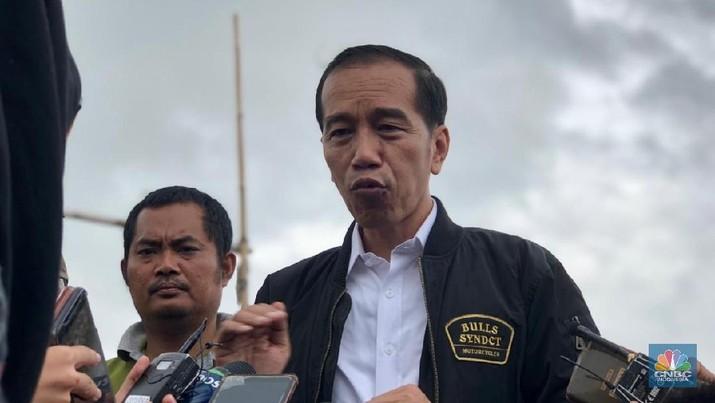 Jokowi Gencar Bagikan Sambungan Listrik Gratis, Kenapa?