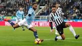 Setelah unggul 1-0, Manchester City terus menggempur pertahanan Newcastle United dan menciptakan sejumlah peluang lainnya. (Reuters/Lee Smith)