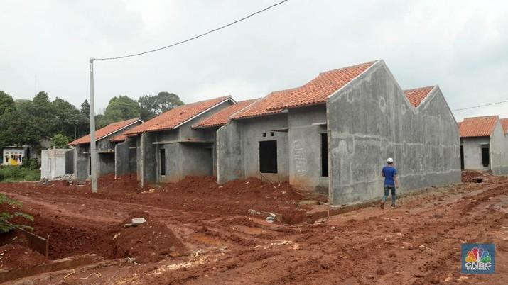 Tekanan pada sektor properti di Indonesia, terutama perumahan masih berlanjut.