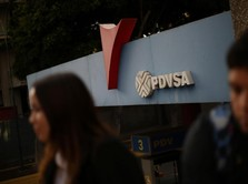 Venezuela Dijatuhi Sanksi, Warga Cemas Harga BBM Naik