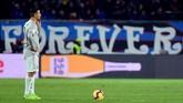 Cristiano Ronaldo yang bermain penuh di laga ini gagal memberikan pertolongan untuk Juventus. (REUTERS/Massimo Pinca)