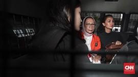 Didampingi Atiqah, Ratna Sarumpaet Dilimpahkan ke Kejaksaan