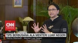 Tips Berbusana ala Menteri Luar Negeri