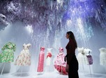 Intip Koleksi Gaun Istimewa Dior, Ada yang Berumur 71 Tahun