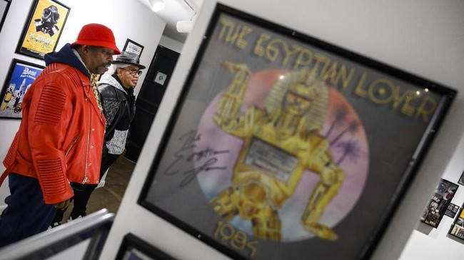 Sebuah museum hip hop pun didirikan di Washington DC, Amerika Serikat, sampai pertengahan Februari mendatang. (ANDREW CABALLERO-REYNOLDS / AFP)
