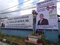 Caleg Demokrat Jhoni Allen Kampanye Tempel Wajah Jokowi
