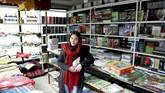 Zarghona Haidari (22) mengaku pesimis Taliban dan pemerintah Afghanistan bakal berdamai. (REUTERS/Mohammad Ismail).