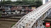 Program Kota Tanpa Kumuh (KOTAKU) yang diselaraskan dengan program bedah rumah besutan Pemprov DKI Jakarta, yang sudah dimulai dari awal tahun 2018 dan harusnya sudah rampung di akhir tahun 2018. (CNNIndonesia/Andry Novelino)