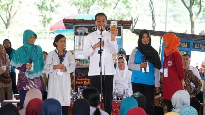 Jokowi Ajak Ibu-Ibu Magetan Jadi Pebisnis Ulung