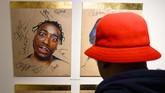 Pembukaan museum itu dihadiri Sugarhill Gang, yang disebut sebagai pionir hip hop. (ANDREW CABALLERO-REYNOLDS / AFP)