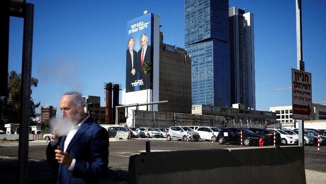 Netanyahu Pasang Foto Bersama Trump dalam Reklame Kampanye