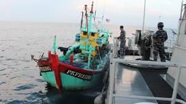 TNI AL Tangkap Kapal Ikan Malaysia di Selat Malaka