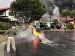 Pesawat Jatuh Timpa Rumah Warga di California, 2 Orang Tewas
