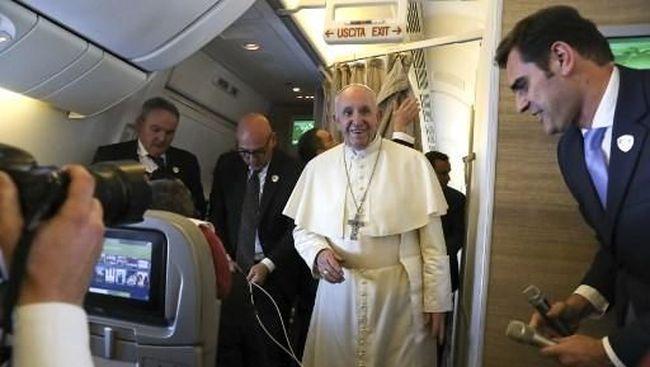 Kunjungan Bersejarah, Paus Fransiskus Mendarat di Uni Emirat