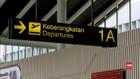 VIDEO: Jumlah Penumpang Pesawat Jelang Imlek Menurun