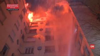 VIDEO: Seorang Wanita Ditangkap Terkait Kebakaran Paris