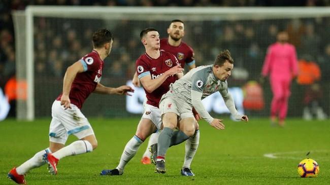 Di babak kedua manajer Liverpool Juergen Klopp berusaha memasukkan Xherdan Shaqiriuntuk menambah daya gedor. Namun, usaha itu tidak membuahkan hasil.(Reuters/John Sibley)