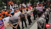 Serikat Pekerja menilai kinerja operasional PT Pos Indonesia selama tiga tahun terakhir memburuk karena manajemen menerapkan tata kelola perusahaan yang tidak objektif. (CNN Indonesia/Adhi Wicaksono).