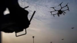 Terbangkan Drone Sambil 'Minum' di Jepang Diancam Penjara