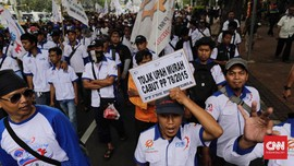 Pengusaha Respons Janji Jokowi Revisi PP Pengupahan