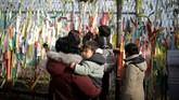 Setelah perang Korea berhenti berkat gencatan senjata pada 1953, puluhan bahkan ratusan ribu keluarga Korea terpisah. (Reuters/Kim Hong-Ji)