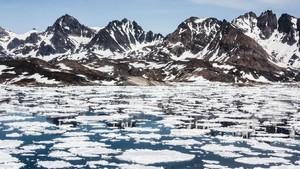 Lapisan Es Greenland Mencair Hingga 11 Miliar Ton