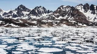 Cuaca Ekstrem, Fenomena Salju 'Darah' Muncul di Antartika