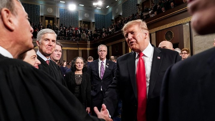 Trump Bersedia Perpanjang Deadline Perundingan AS-China