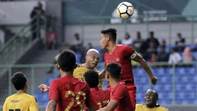 Timnas Indonesia U-22 Tahan Imbang Arema di Babak Pertama