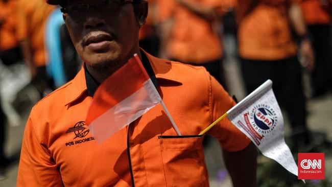 Pengunjuk rasa datang dari berbagai daerah di Indonesia seperti Jakarta, Jawa Barat, Jawa Tengah, Jawa Timur, Sumatera Barat, Riau, Batam, Tanjung Pinang, Medan dan Makassar. (CNN Indonesia/Adhi Wicaksono).