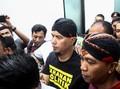 Ahmad Dhani Bungkam Saat Digiring ke Rutan Surabaya