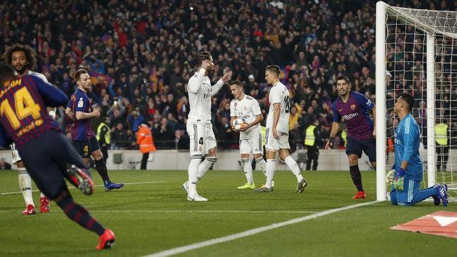 Zidane Santai Madrid dan Barcelona Jalan Bareng ke El Clasico